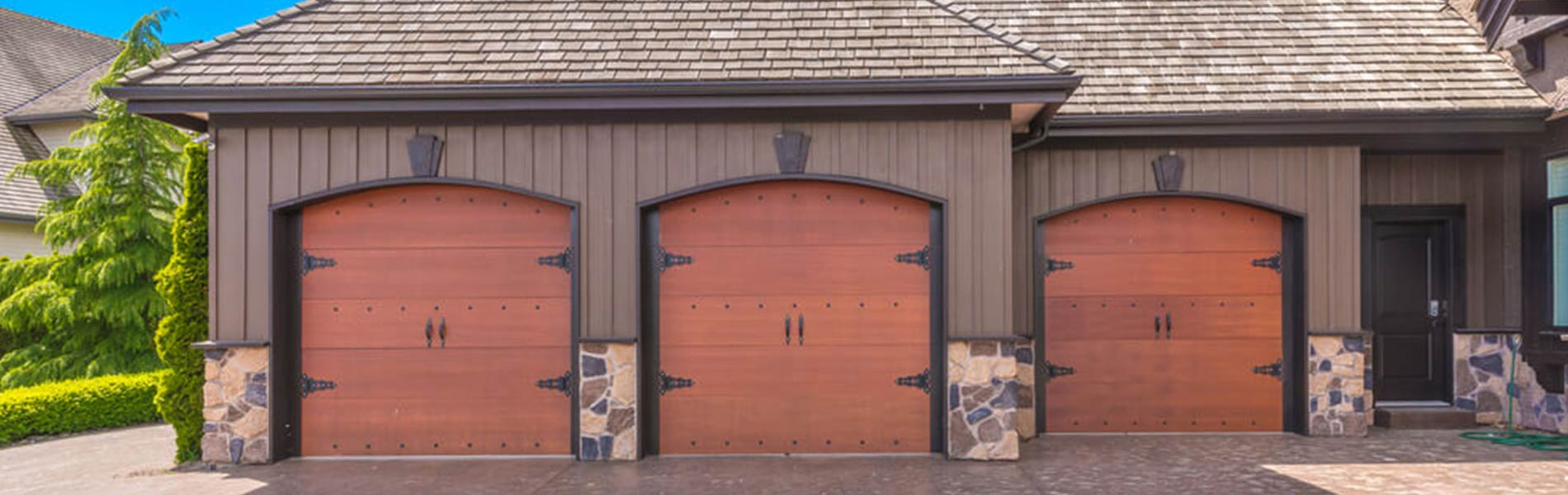 Golden Garage Door Service, Cleveland, OH 216-505-7379